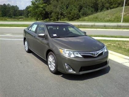 2012 TOYOTA CAMRY XLE - BRONZE ON BLACK