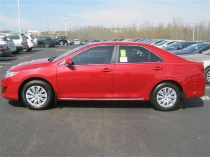 2012 TOYOTA CAMRY LE - RED ON BEIGE 2