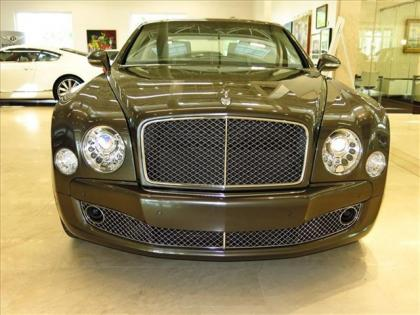 2013 BENTLEY MULSANNE BASE - BLACK ON WHITE 2