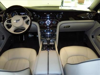 2013 BENTLEY MULSANNE BASE - BLACK ON WHITE 4
