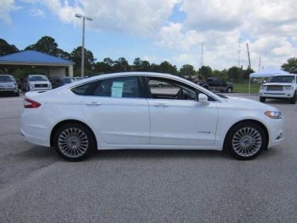 2017 Ford Fusion Hybrid Anium White On Black 2