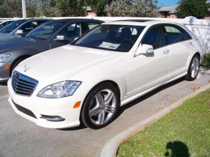 2013 MERCEDES BENZ S63 AMG - WHITE ON BEIGE