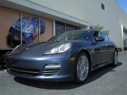 2013 PORSCHE PANAMERA S - BLUE ON BLACK