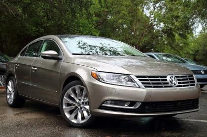 2013 VOLKSWAGEN CC VR6 EXECUTIVE - GOLD ON BEIGE