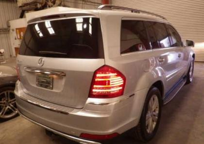 2012 MERCEDES BENZ GL450 4MATIC - SILVER ON BLACK 4