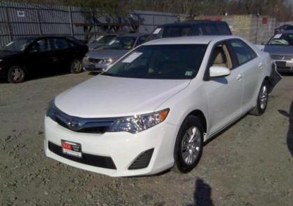 2013 TOYOTA CAMRY LE - WHITE ON BEIGE 2