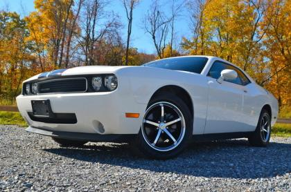 2010 DODGE CHALLENGER SE - WHITE ON BLACK