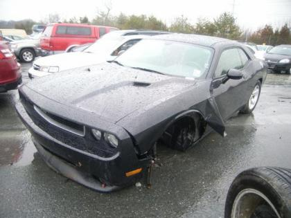 2013 DODGE CHALLENGER SXT - BLACK ON BLACK