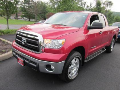 2012 TOYOTA TUNDRA 4WD - RED ON BLACK