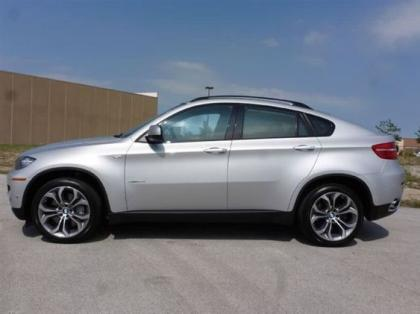 2011 BMW X6 XDRIVE50I - SILVER ON RED 3