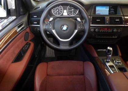2011 BMW X6 XDRIVE50I - SILVER ON RED 7