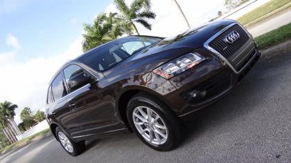 2011 AUDI Q5 2.0T PREMIUM PLUS - BROWN ON GRAY